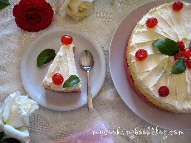 Двуцветна желирана торта с извара
