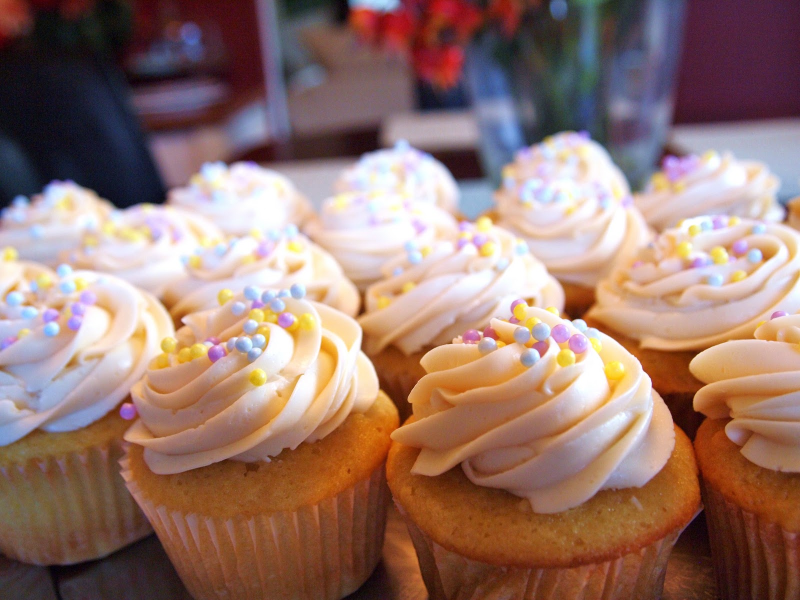 The Alchemist: My Favorite Moist White Cupcakes
