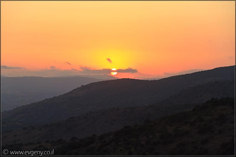 Фото: Так садится солнце на Хермоне