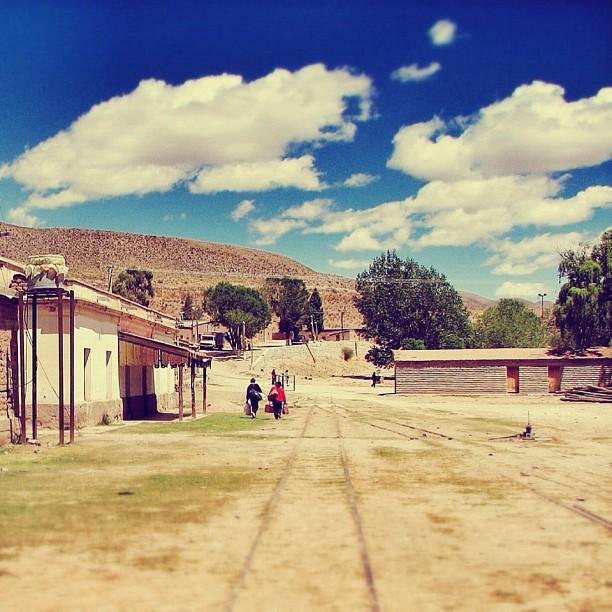 Rutas, vías, caminantes, por Jorge Gobbi (Iturbe, Salta)