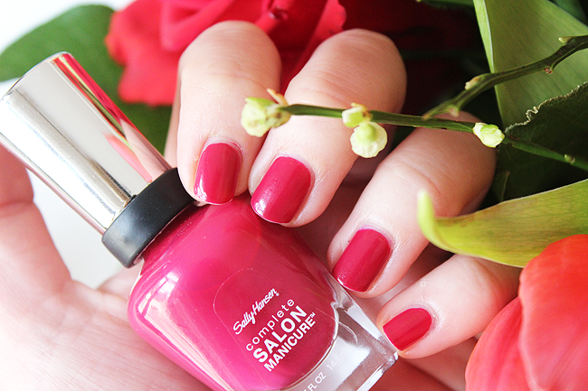 NOTD: Berry Important (Sally Hansen)
