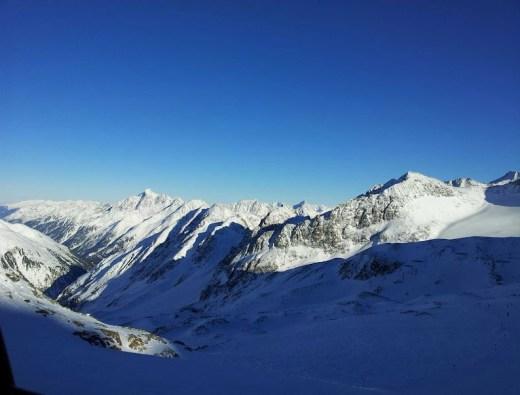 Bild aus der Gondelbahn am Stubaier Gletscher