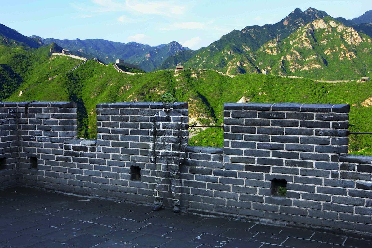 *貨真價實的隱形人:中國藝術家劉勃麟(Liu Bolin)隱形系列攝影作品! 18