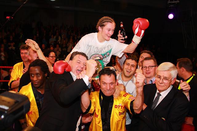 Delfine Persoon wint voor de 2e maal de WBC wereldtitel