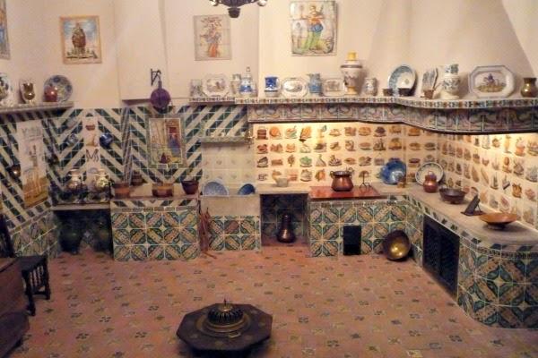 Valencia è cultura i musei di valencia. A Palace In The Center Of Valencia The National Ceramic Museum