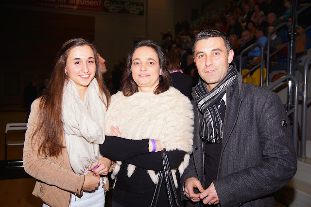 Lauren Vanlerberghe met haar ouders