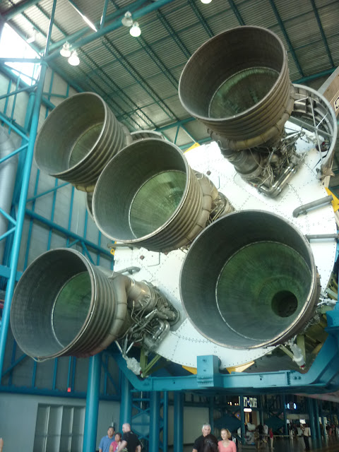 Base Rocket Motors for the Saturn V Rocket