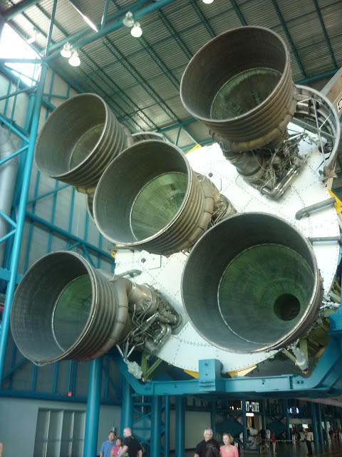 Base Rocket Motors for the Saturn V Rocket
