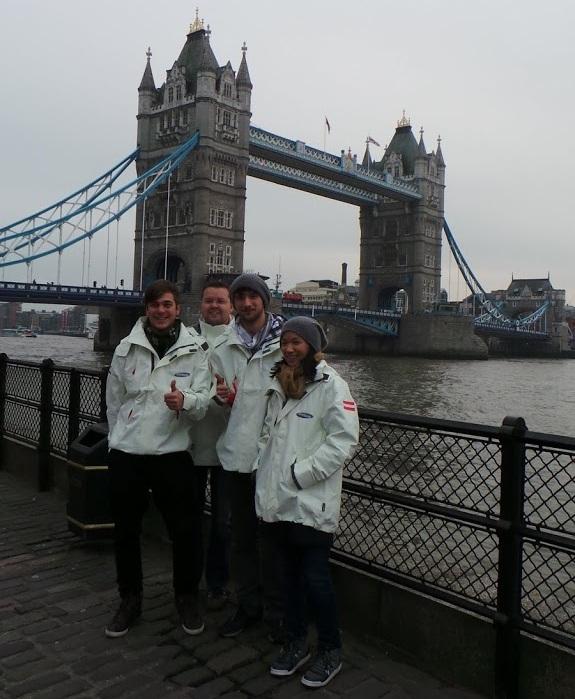 Samsung Angry Birds All Star Final - Tower Bridge Team