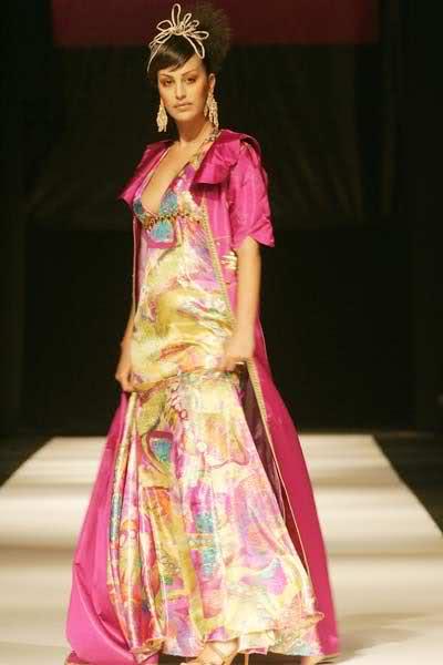 Caftan Mania: Mode in Morocco - Casablanca Fashion Show