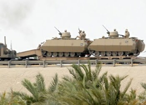 https://i1.wp.com/lh4.googleusercontent.com/_hFyIVHLPW40/TcEn_XTRETI/AAAAAAAAHF8/uiDjtk8x-zo/A.a.saudi_army_bahrain.jpg?resize=584%2C420&ssl=1