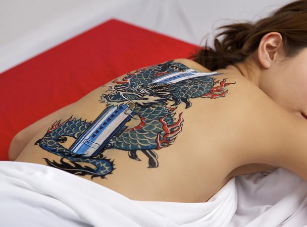 刺青 女性 ヤクザ