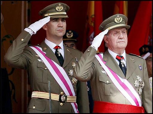 Rey_preside_desfile_Dia_Fuerzas_Armadas
