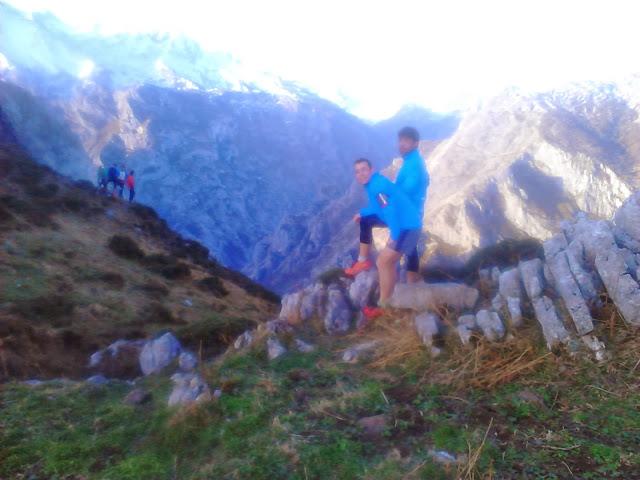 Trail, Trail Pastores, Trailrunning, Madriñán, Vivobarefoot, Injinji, Salomon, montaña, correr, Cantio