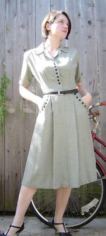 Vestido com detalhes de botões