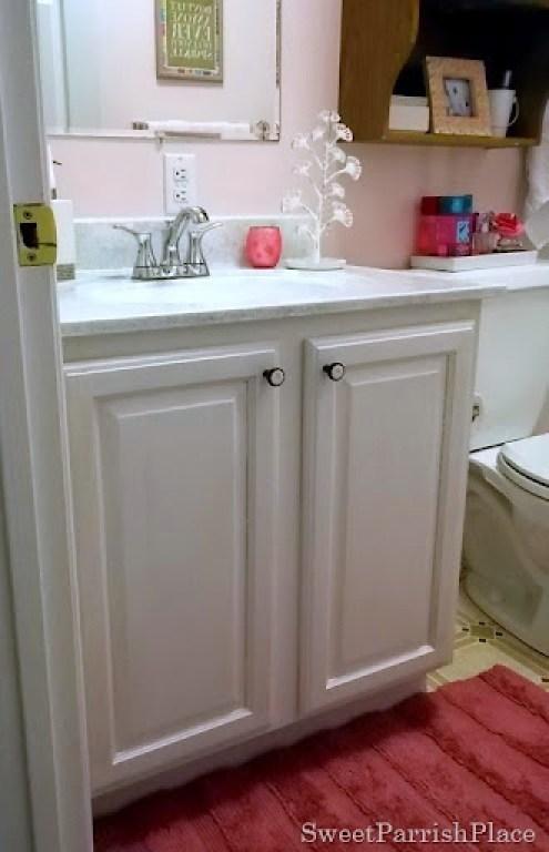 Painted Oak bathroom cabinet 2