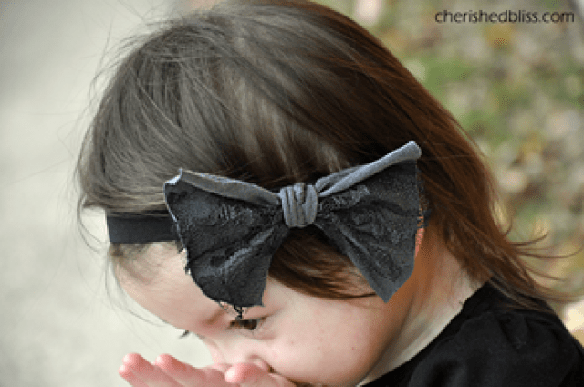 No Sew Lace Bow 1