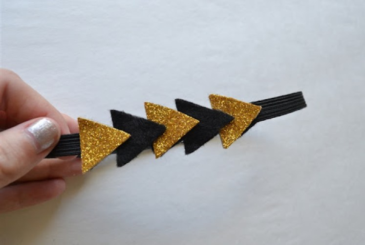 Triangle Headband Tutorial