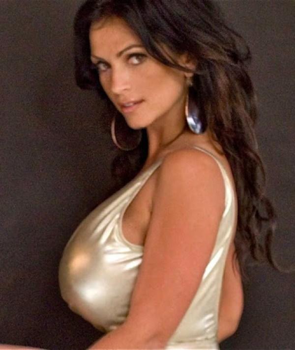 Denise Milani 31