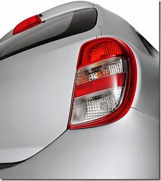 Nissan March Active, a opção de entrada da linha