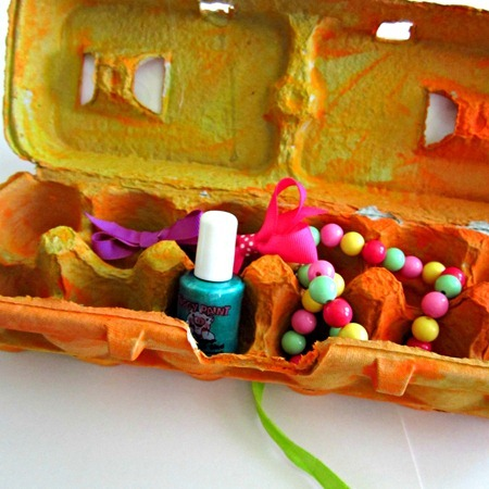 Egg Carton Jewelry Box 5