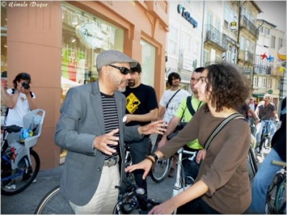 Reuniao sobre rodas dos ciclistas urbanos de Braga com a candidatura Cidadania em Movimento
