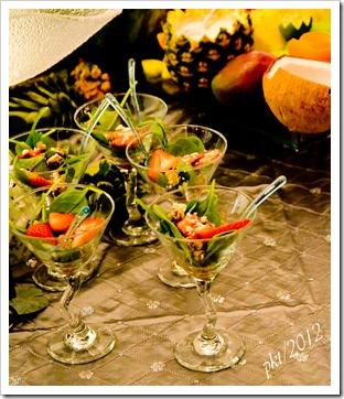 DSC_2911strawberry-spinach-salad