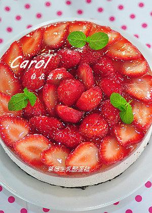 Carol 自在生活 : 草莓生乳酪蛋糕