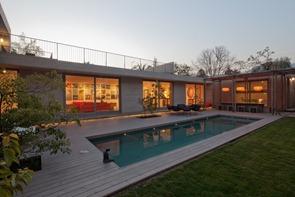 Casa-con-piscina-Casa-au-andreu-arquitectos-chile