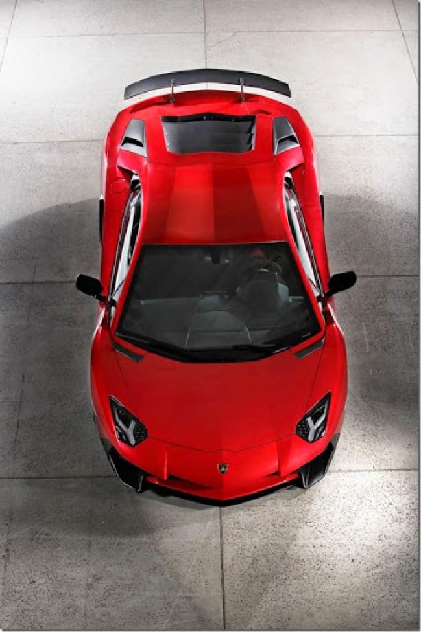 Lamborghini-Aventador-SV-Carscoops25