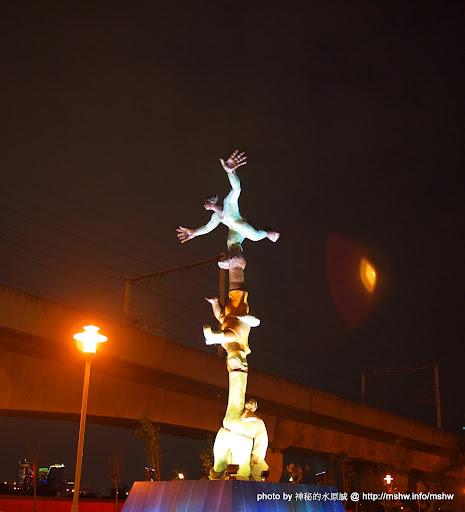"""也算河濱公園?! ~ 台中""""東海橋邊"""" 區域 台中市 嗜好 夜景 攝影 旅行 景點 西屯區"""