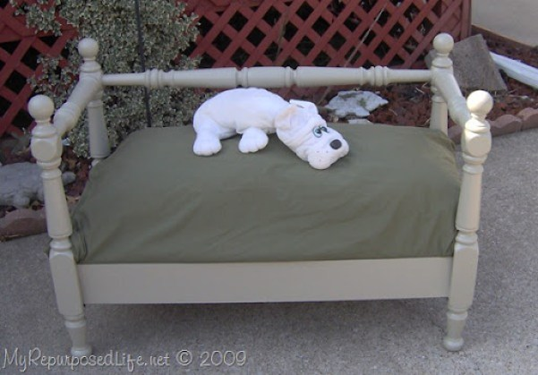 bunkbed upcyled into dog bed