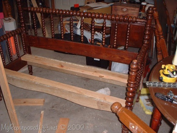 full size spool bed into bench