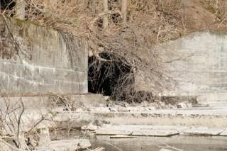 仮排水トンネル?を望む