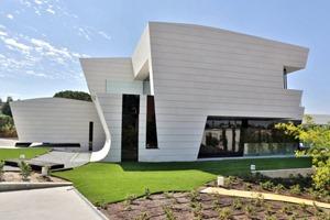 fachada-moderna-Balcony-House-por-A-cero