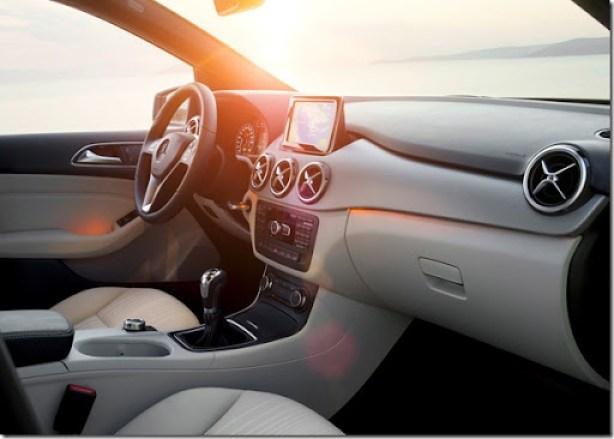 Mercedes-Benz-B-Class_2012_1600x1200_wallpaper_26