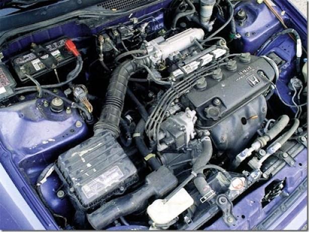 0112_04zoom honda_civic_eg_coupe engine
