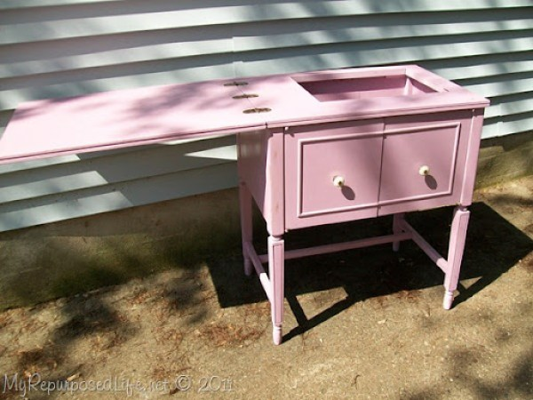 Vintage Sewing Cabinet (5)