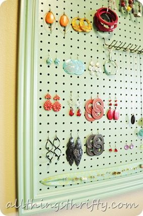make your own jewelry holder