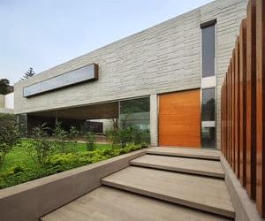 fachada-casa-moderna-Casa-La-Planicie-II-por-Oscar-Gonzalez-Moix
