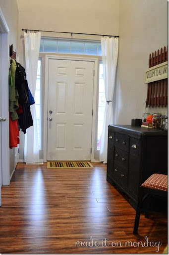 The Monday Blog Entry Way Chalk Paint Buffet Amp Front Door Privacy