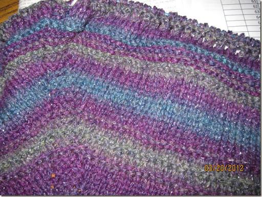 Shawl knitting 002