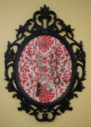 framedjewelryholder