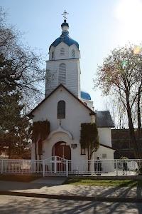 holy_trinity_church_vancouver_april_2011.jpg