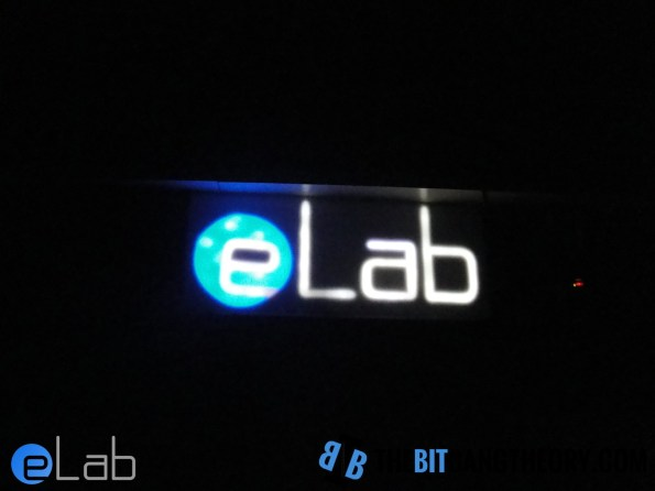 logotipo do eLab Hackerspace em leds