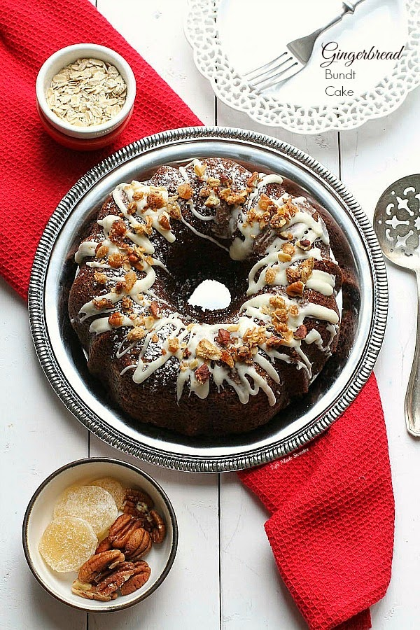 Maple Glazed Gingerbread Bundt Cake with Oat Streusel with @HodgsonMill #sponsored Recipe by @LifeMadeSweeter.jpg