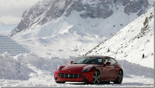 Ferrari-FF_2012_1600x1200_wallpaper_2a