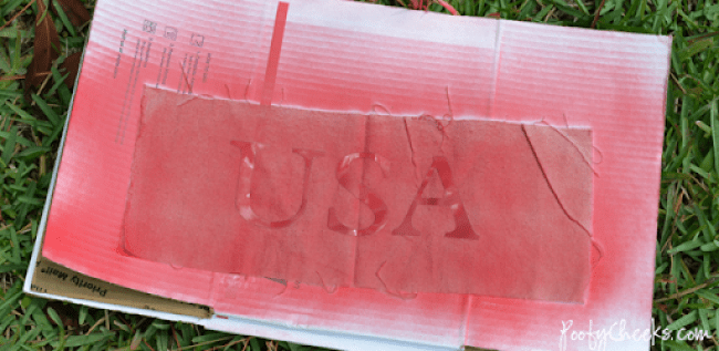 USA Burlap Canvas - Patriotic Holiday craft made with a Silhouette or Cricut.
