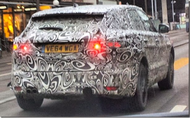 Jaguar-F-Pace-rear-caught-testing-in-Zurich