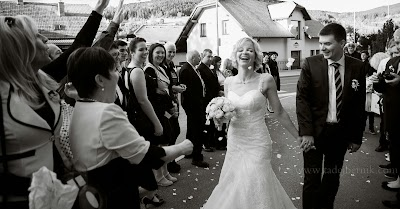 porocni-fotograf-wedding-photographer-poroka-fotografiranje-poroke- slikanje-cena-bled-slovenia-ljubljana-bled-hochzeitsfotografho (130).jpg